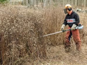 And in the winter, the crew uses STIHL's brush cutters. These heavy-duty cutters have a four-point anti-vibration system that helps reduce operator fatigue and an easy-adjust handle bar for easy maneuverability, transport, and storage.