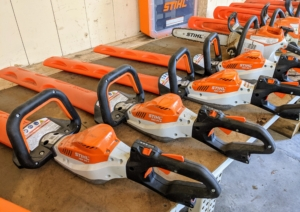 The STIHL blade tools are sharpened regularly to keep them in the best working condition.