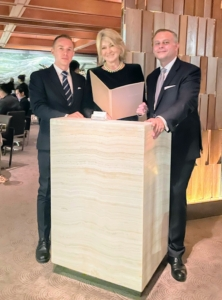 It is so refreshing to be able to dine out again in New York City. Here I am at the entrance to the French seafood restaurant, Le Bernardin, with the distinguished maître d's. On the right is Tomi Dzellalija, Le Bernardin's Directeur de Salle.